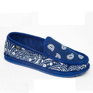 4aa6ba075 Trooper America Shoes - Trooper America Men's Bandana Print Slipper Shoe